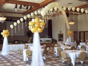 Оформление зала в виде букета с цветами