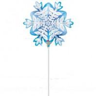 Оформление новогоднего зала шар в виде миниатюрной снежинки