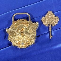 Свадебные аксессуары замок золотой с голубями